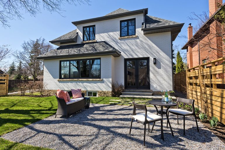 Dundurn Back Yard by Mather Fine Homes