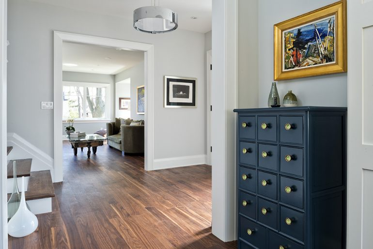 Dundurn diningroom by foyer Mather Fine Homes