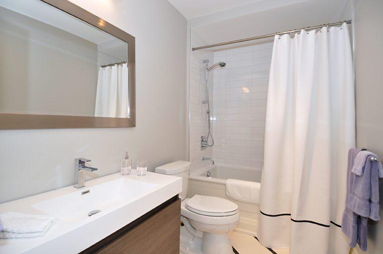 Gormley Main bathroom